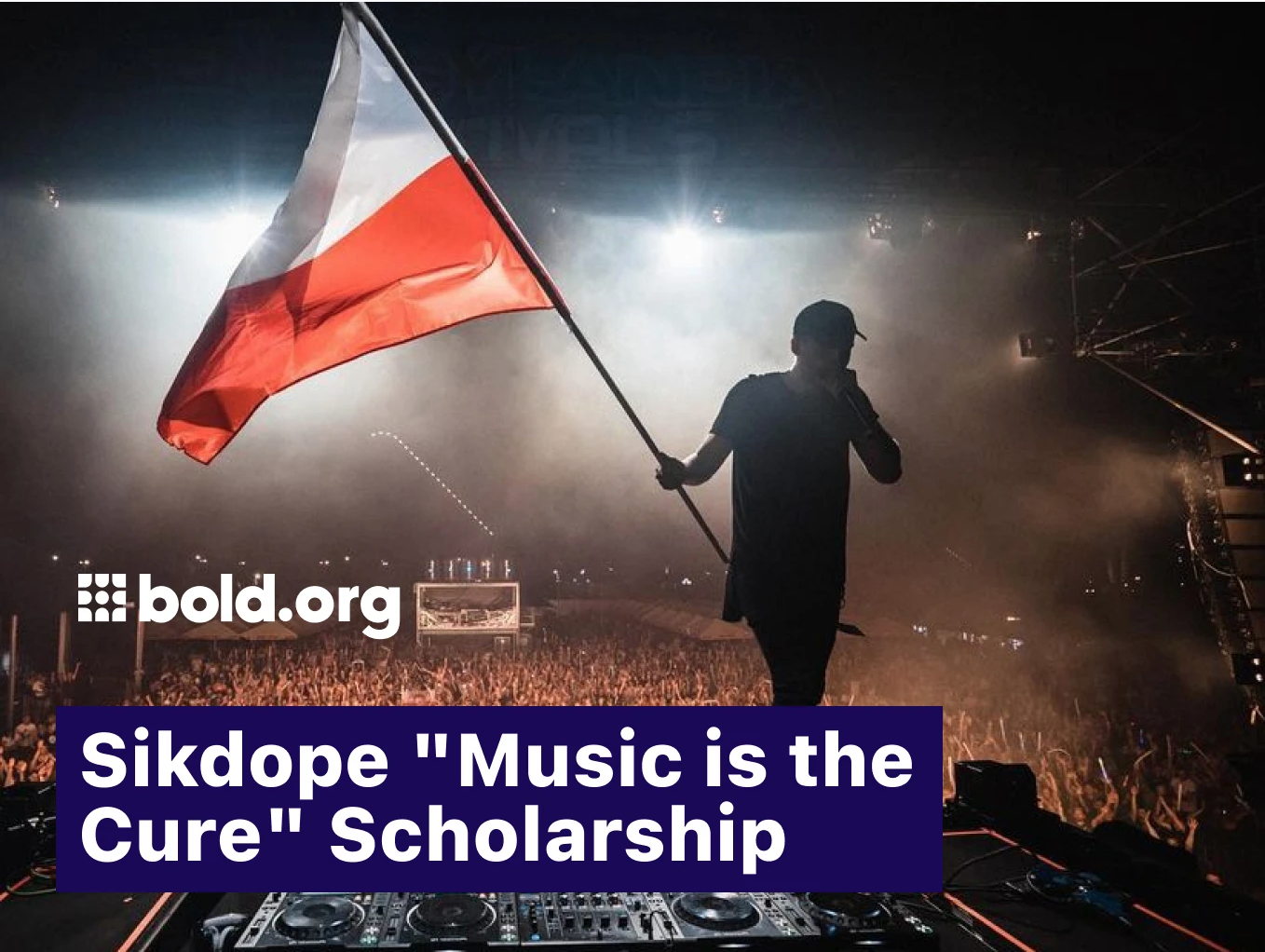 Picture for Sikdope Scholarship contest. Sikdope performing on stage.