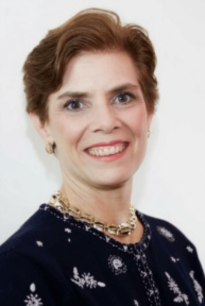Liz Wolfe