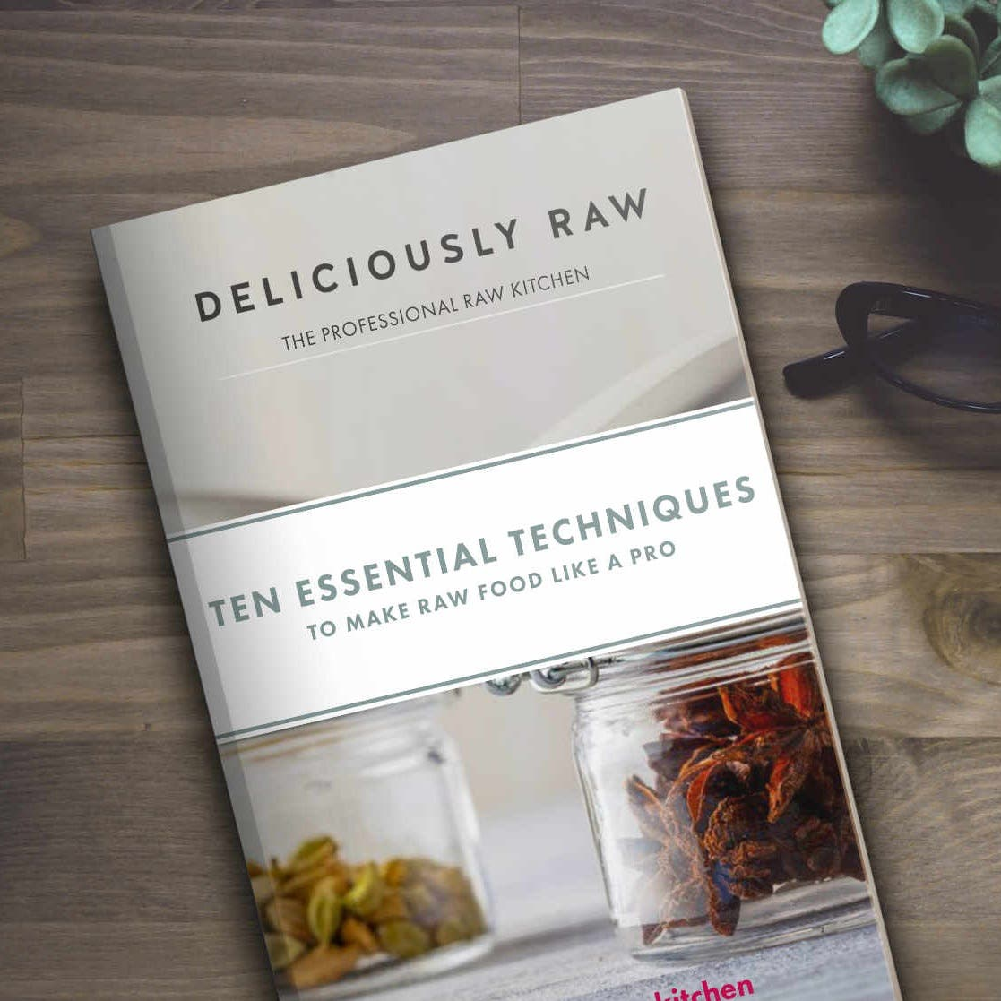 The essential techniques to make raw food like a pro