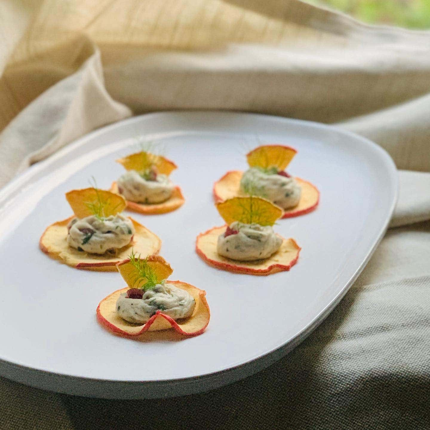 apple chips cranberry 'cheese'