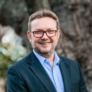 Dr Tim Foster