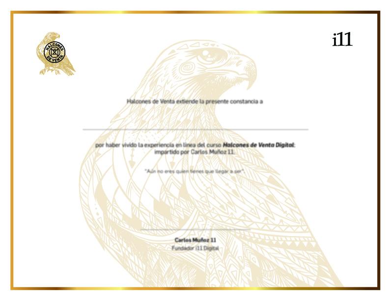 Recibe tu diploma como parte de la generación de Halcones de Venta.