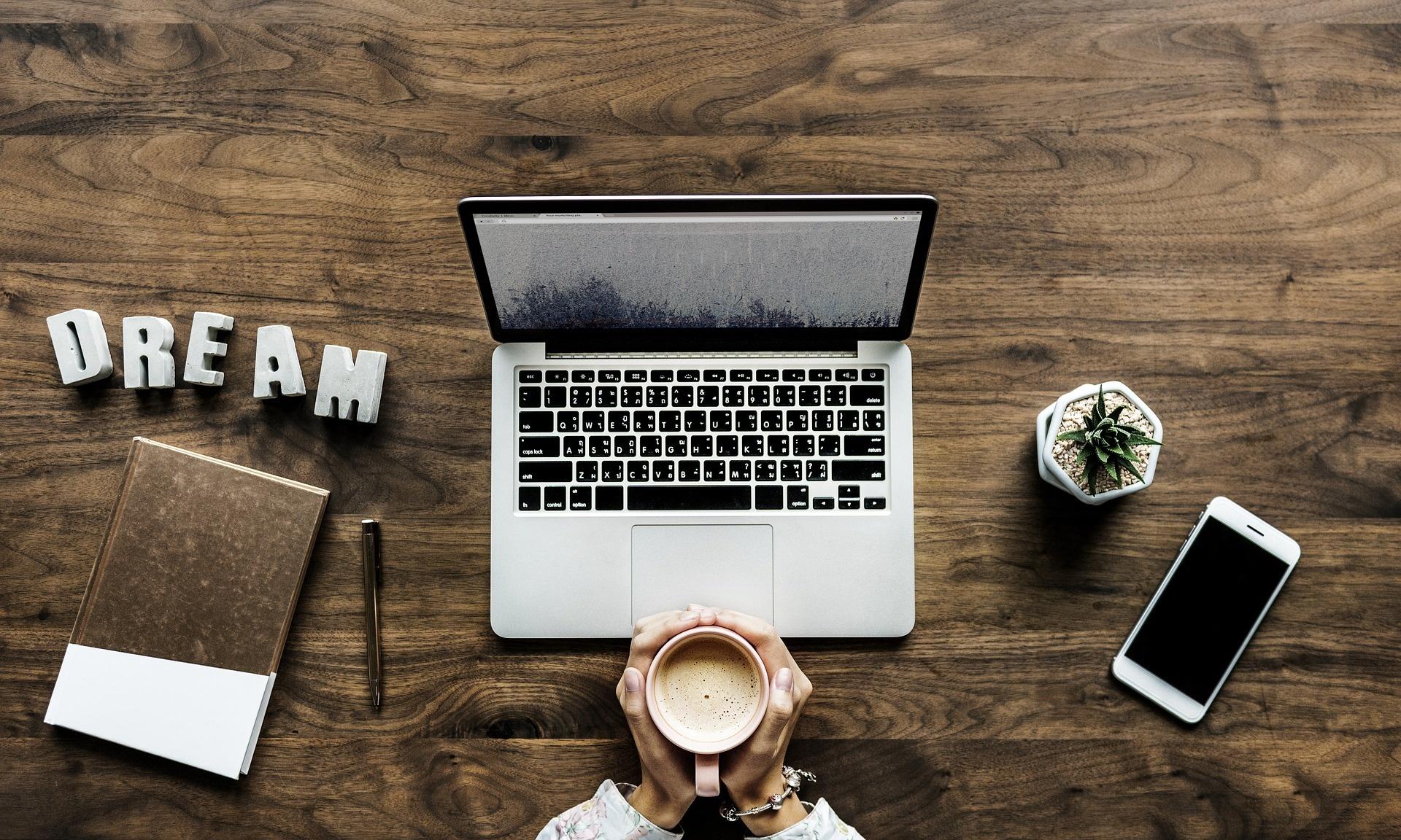 Influencer Basics: Become An Influencer in 5 Steps