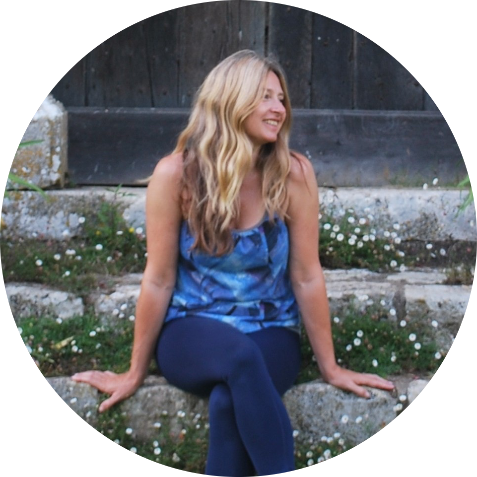 Sarah Gott, Yoga Loves