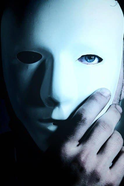 Mann med en maske