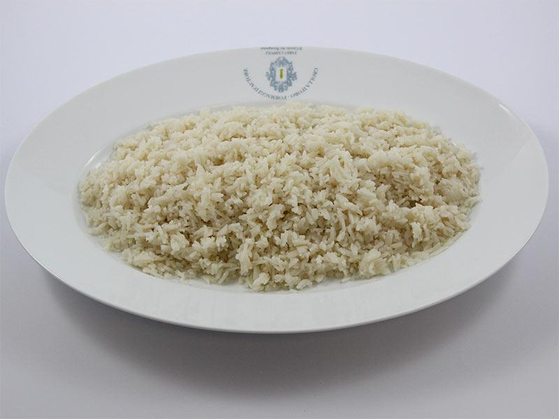 Pilaf di riso basmati in casseruola