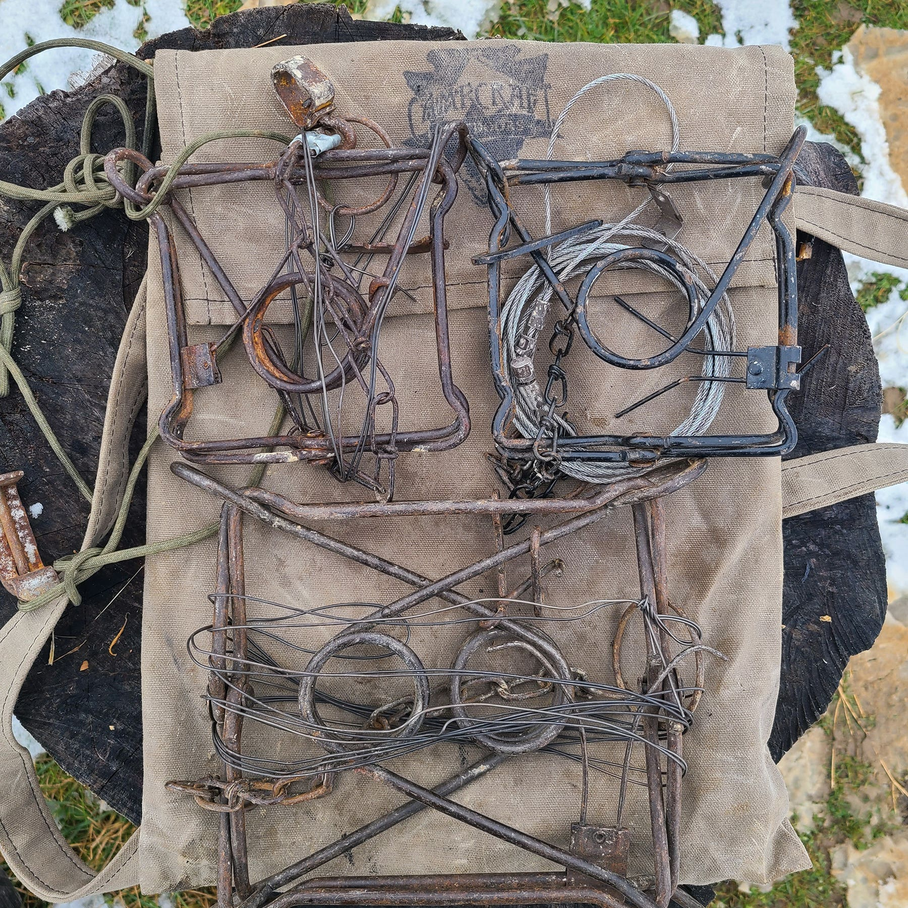 YOUR TRAPPING KIT