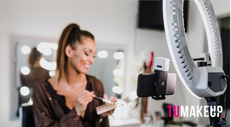 Maquilladora Influencer
