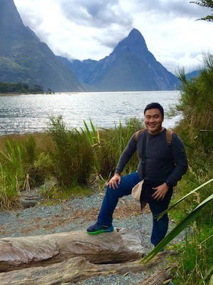 Arief Theofilus - Owner Jocelyn Parfum & Airbnb Superhost