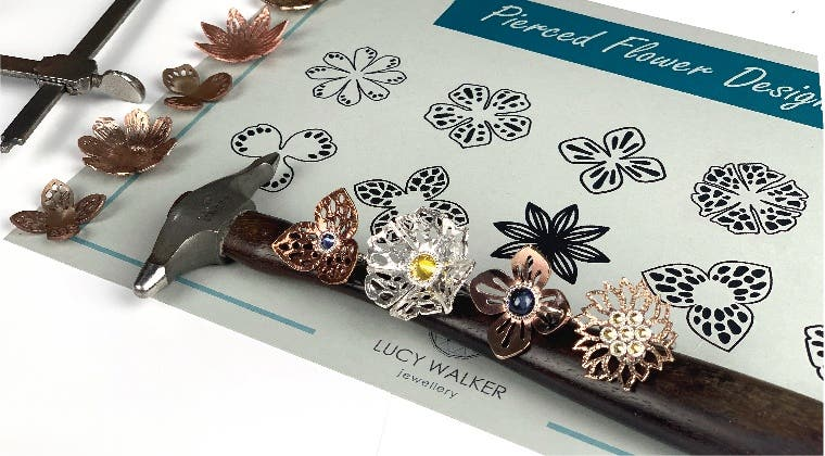 Delicate flower ring template pack