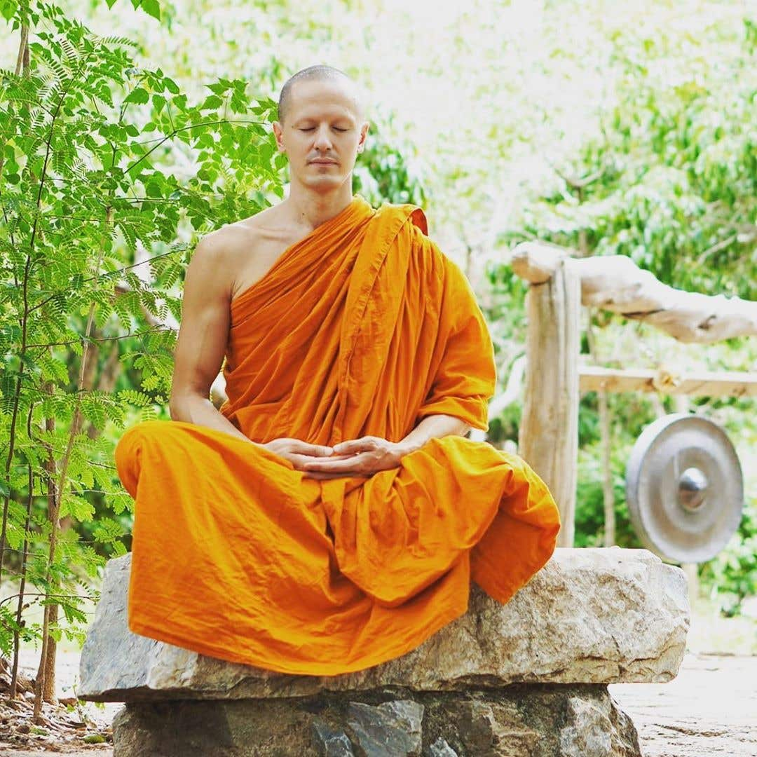 Master Niels as a Buddhist monk in Thailand in 2020
