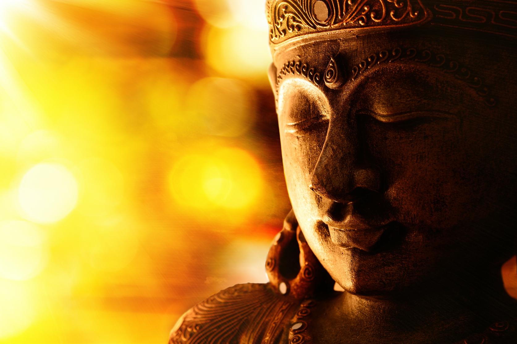 Living Tantra - Unlock the power of yoga, ayurveda, and meditation