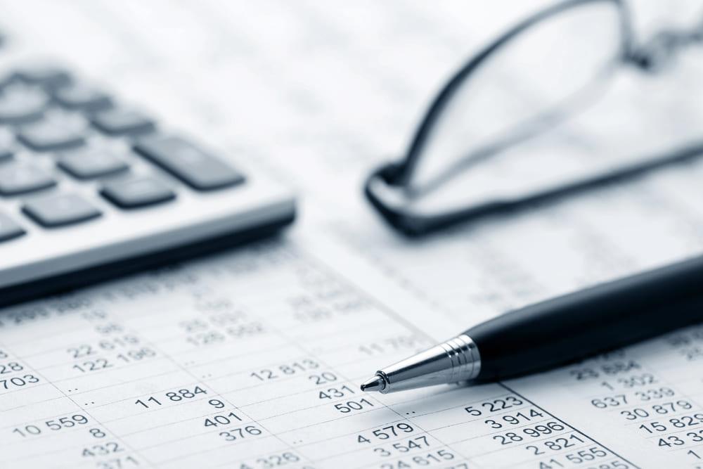 hojas de gastos e ingresos