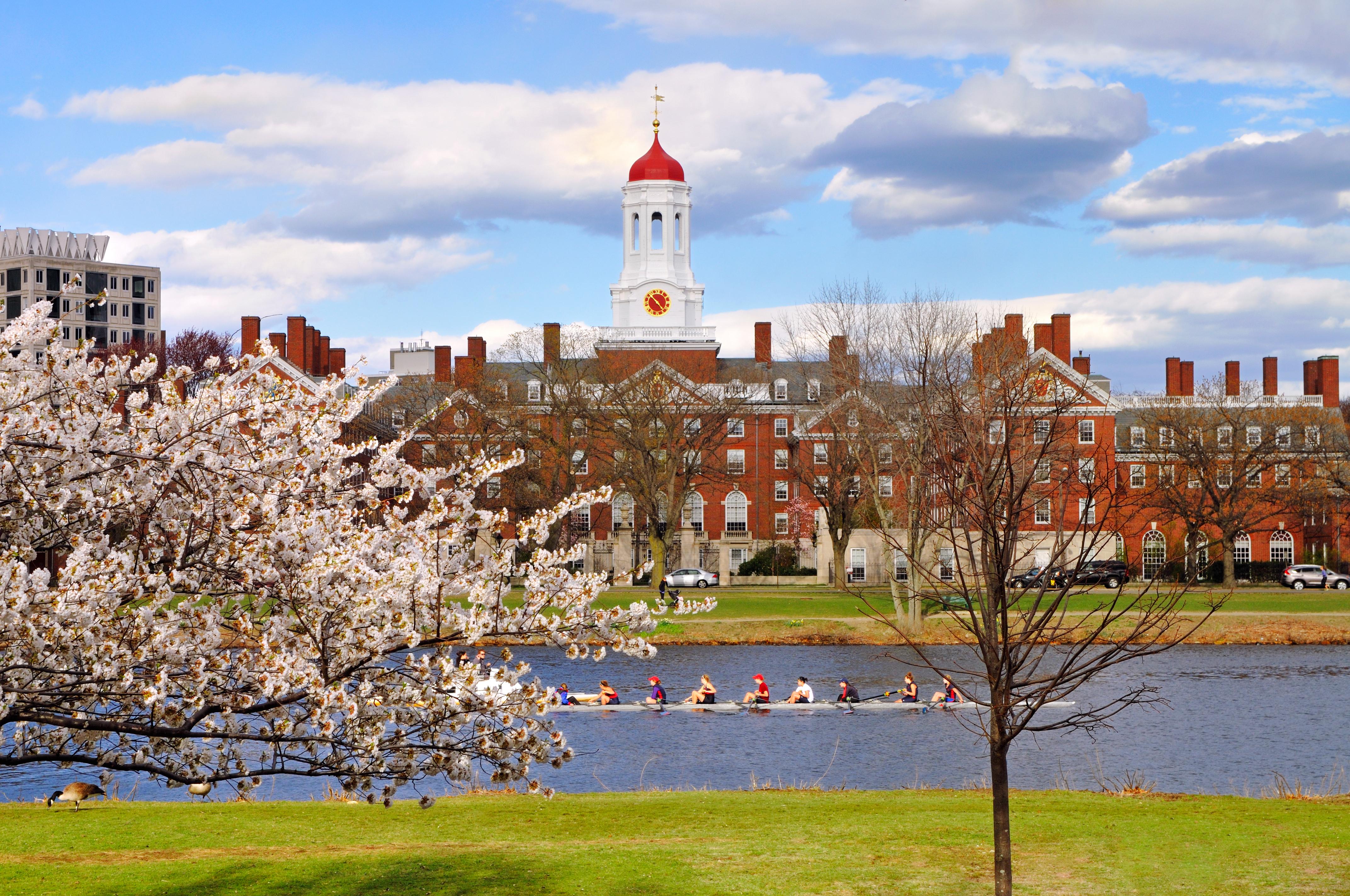 Boston - Charles River Rowing