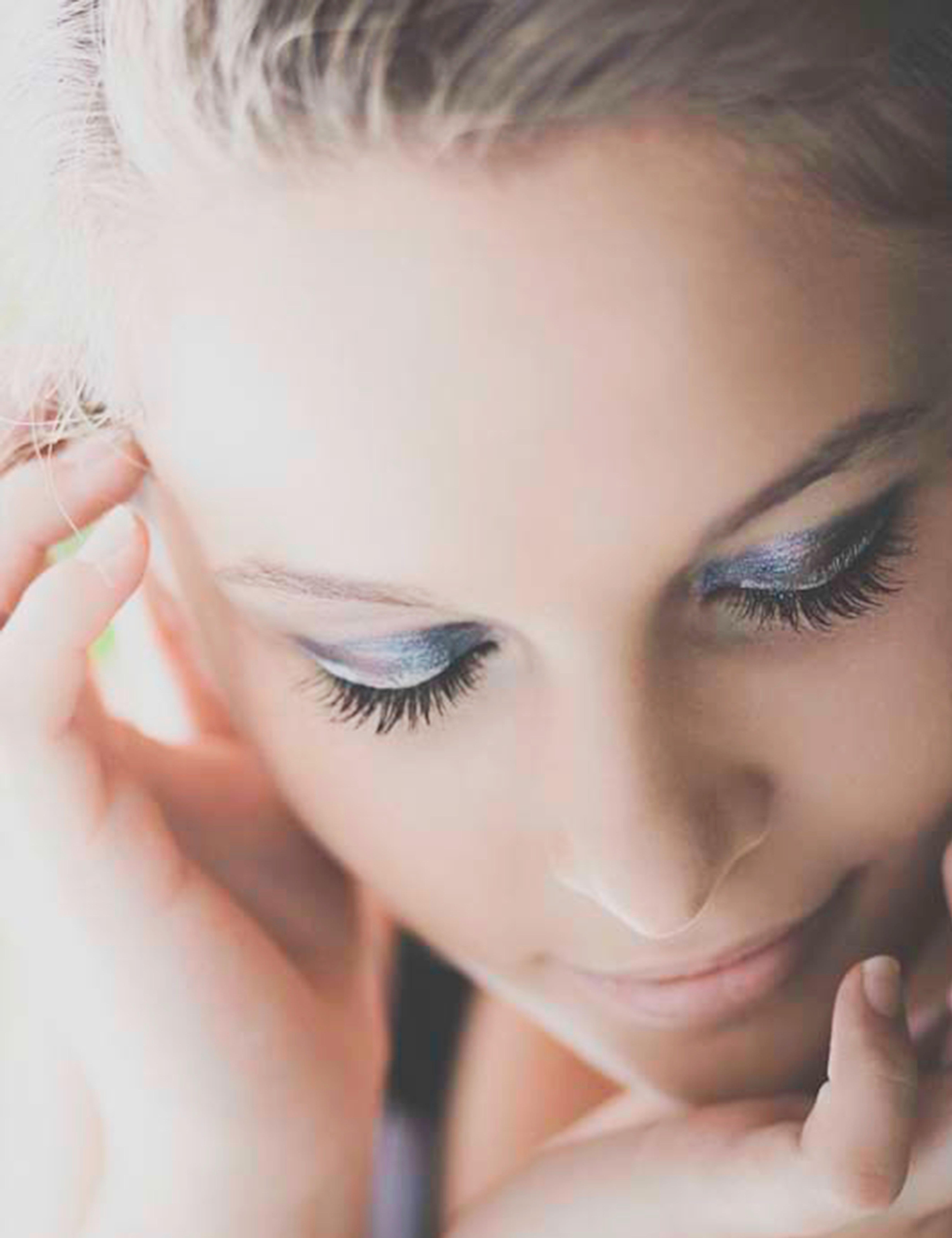 Curso maquillaje profesional de ojos, cejas y pestañas