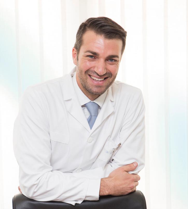 Dr. Juan José López