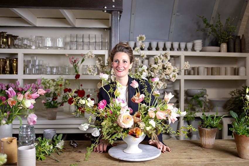 Table Flowers design class Photo Aesme Studio