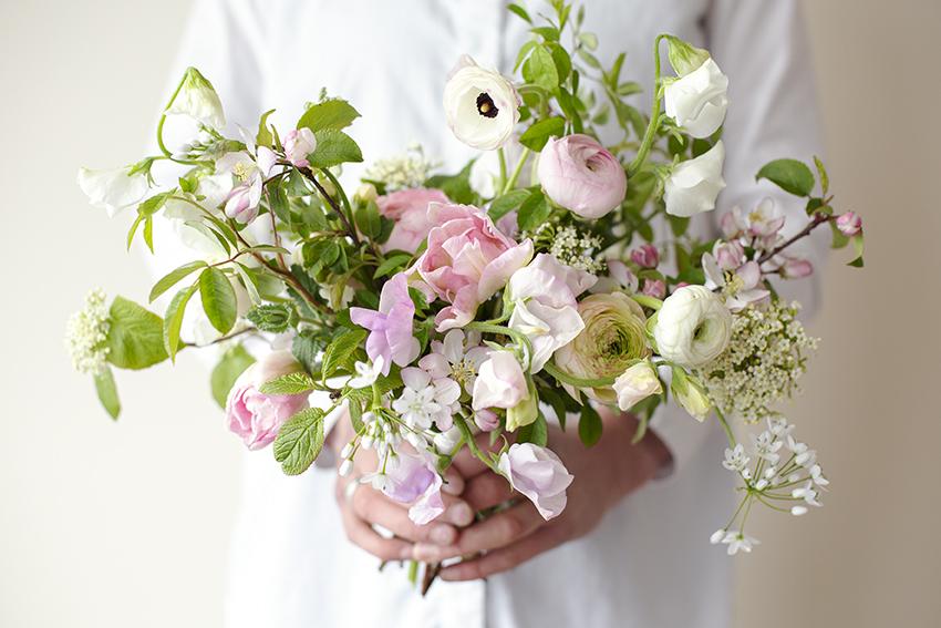 Garden Bridal Bouquet Photo Aesme Studio