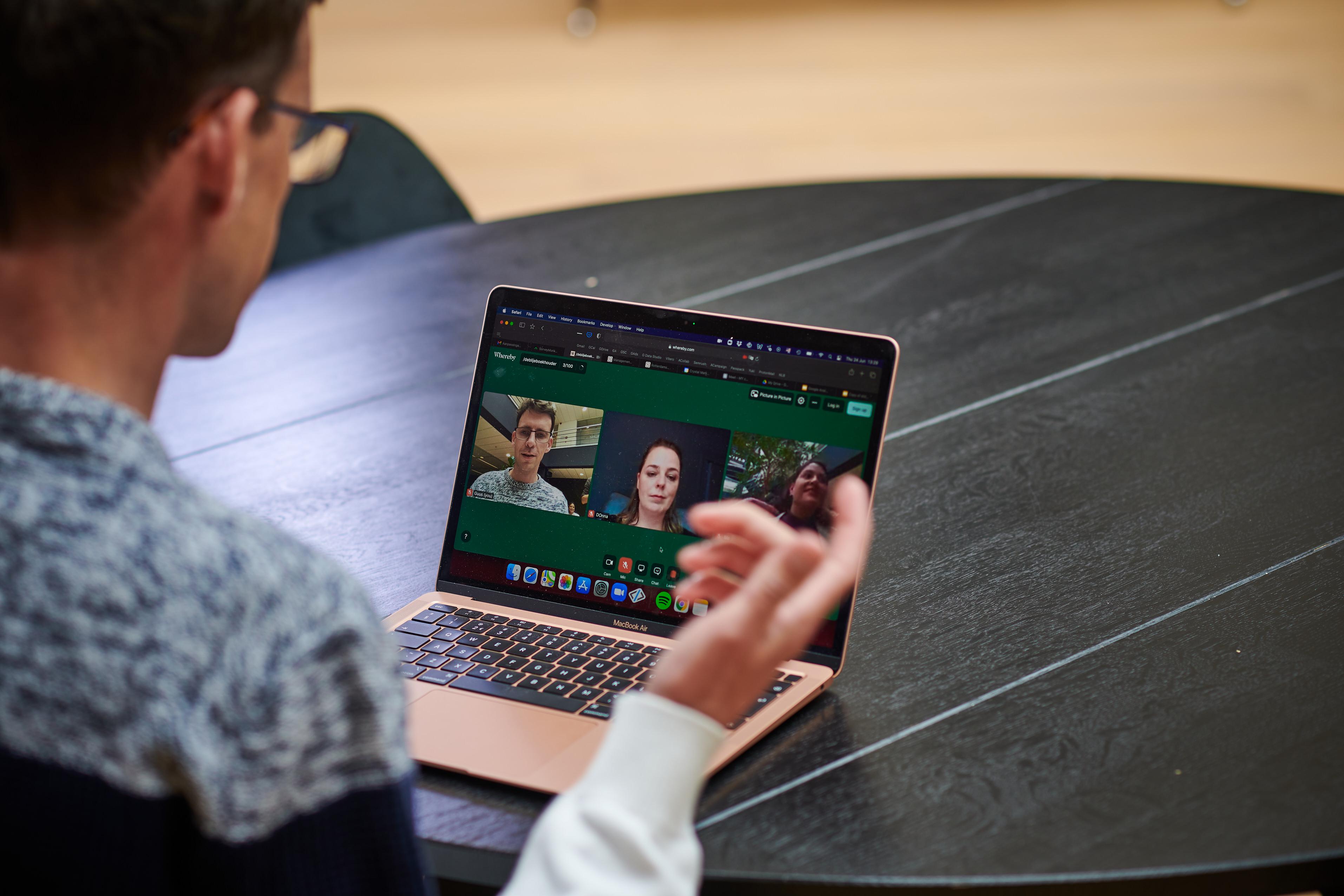 Live online learning session