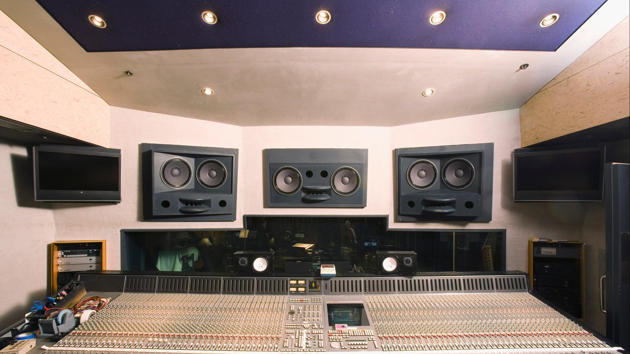 Rock Studio: gerenciamento de conteúdos