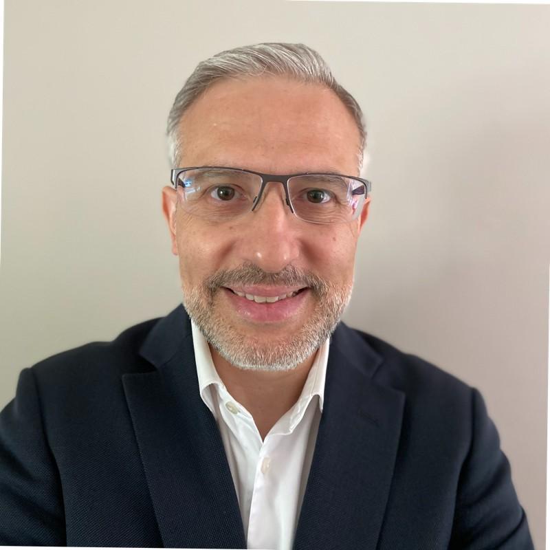 Kuzeyhan Ozdemir, Disruptive technologies consultant