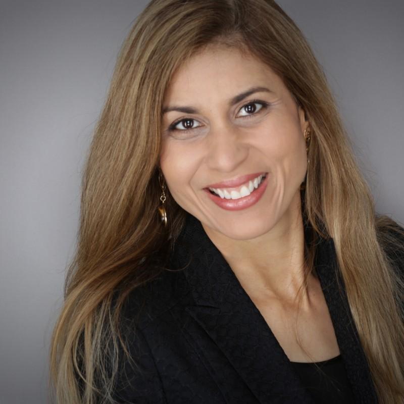 Liza Andrews, photographer and self development coach