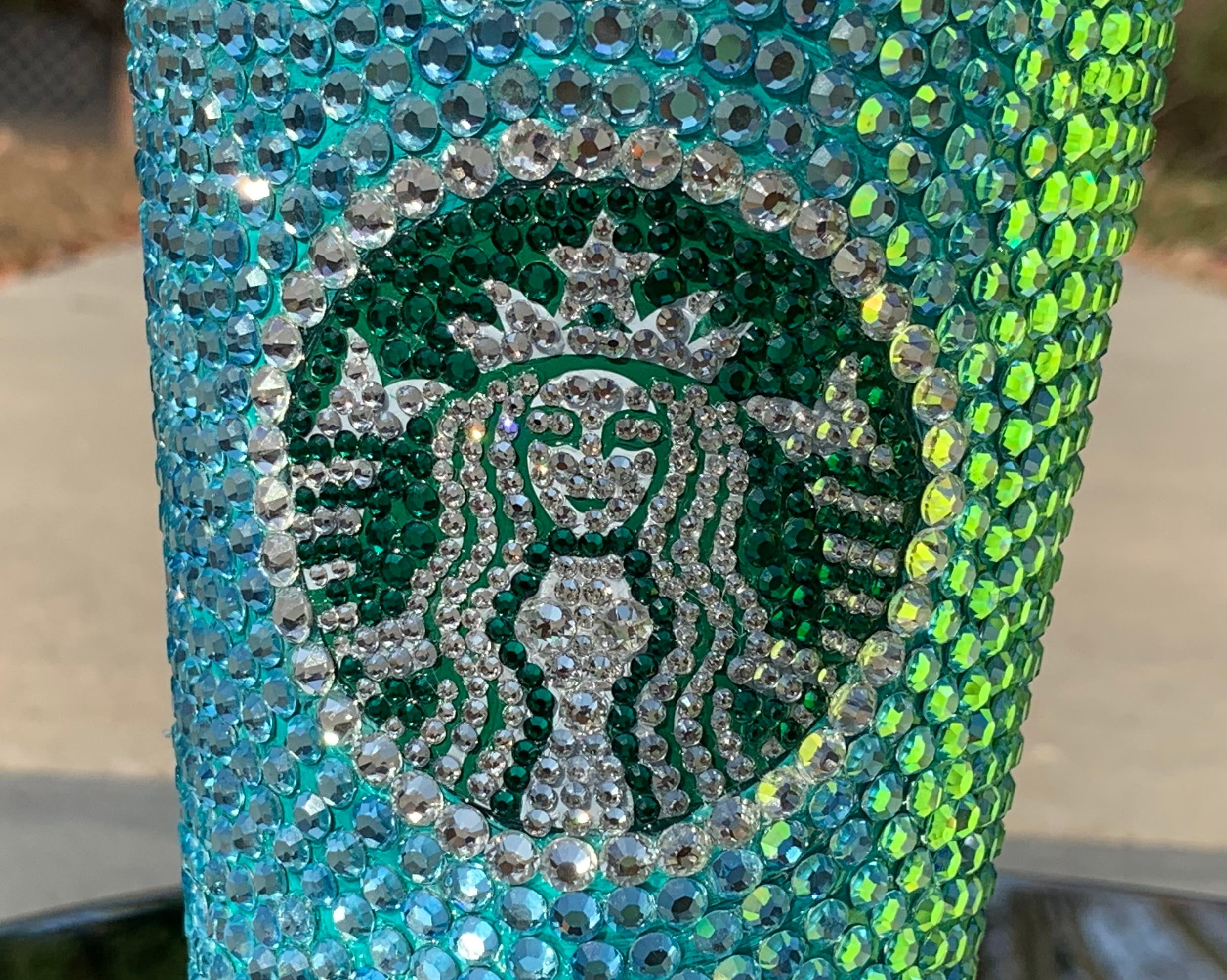 This introductory class will provide you with simple and easy ways to create a DIY (do it yourself) crystallized Starbucks Cup that has a professional finish.